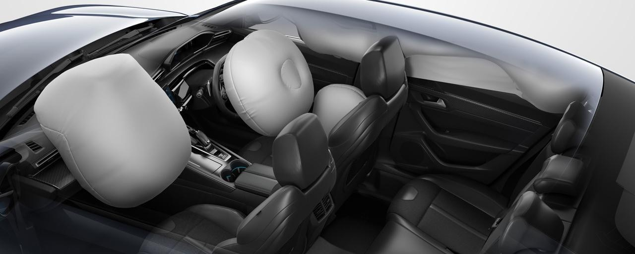 /image/26/9/peugeot-508-fastback-automatic-airbags.447269.jpg