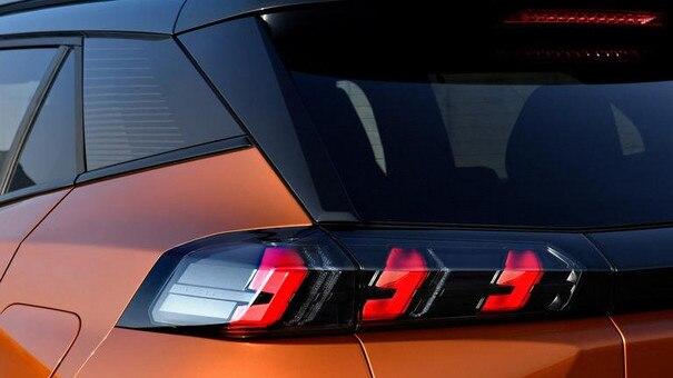 Peugeot 2008 SUV: LED baglygter