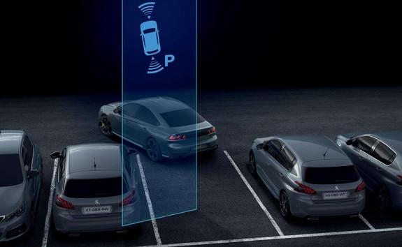 Peugeot_508_Parking_Assist