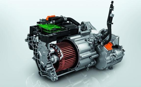 Ny elektrisk Peugeot e-2008 SUV: Ny 100 kW elmotor