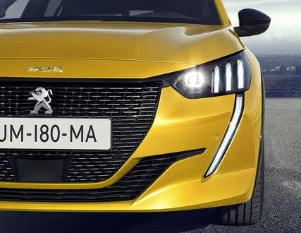 Ny Peugeot 208 - Full LED forlygter med 3 stiliserede løvekløer og LED kørelys