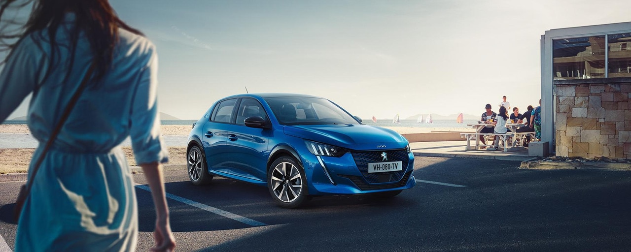 Ny Peugeot e-208 - Lav silhuet med ny front